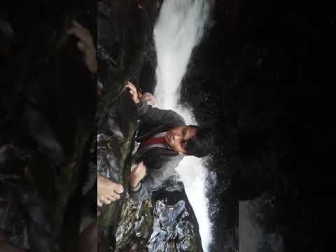 Air Terjun Gurung Melawi via Youtube
