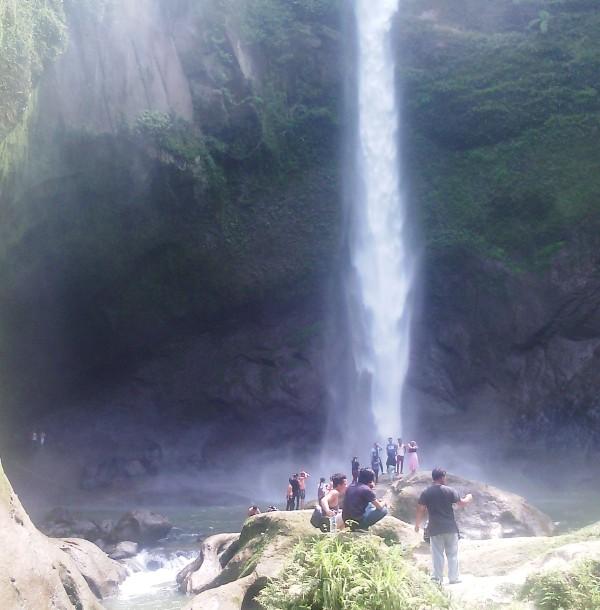 Air Terjun Jambuara Indah via Hetanews