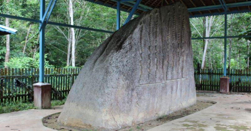 Batu Bertulis via Sekadaukabgoid