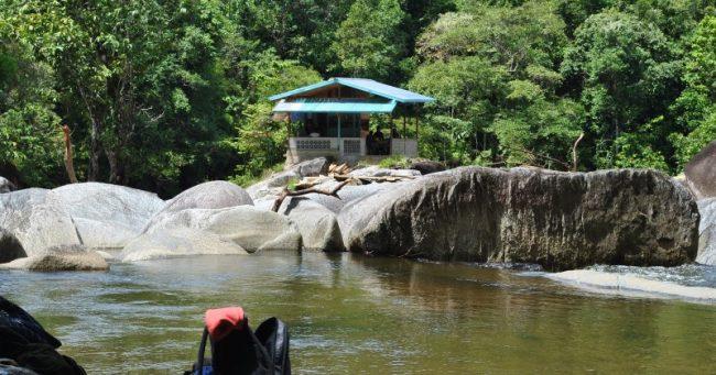 Batu Jato via Bujangadaunet