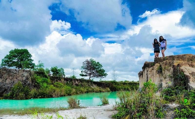 Danau Biru Singkawang via IG @felinda_phie