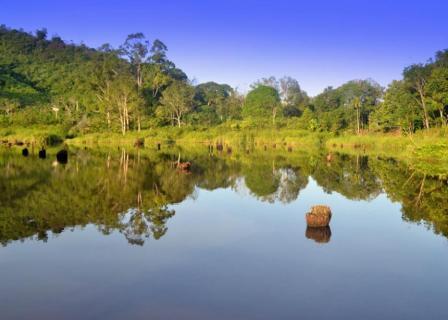 Danau Lobur