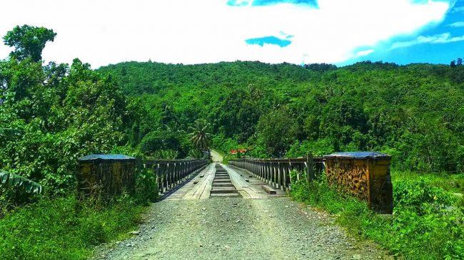 Jembatan O,ou via IG @explore_pulau_nias