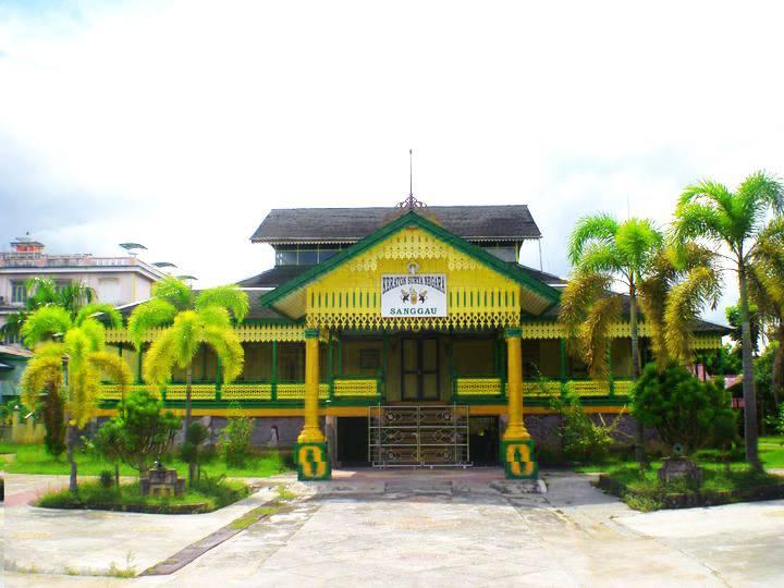 Keraton Surya Negara via Kemendikbud