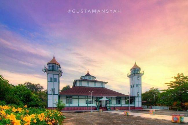 Masjid Jami Sultan Nata via IG @gustamansyah