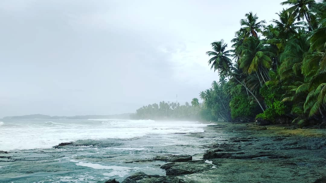 Pantai Hilisataro Toma via IG @explore_pulau_nias