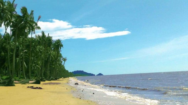Pantai Putri Serayi