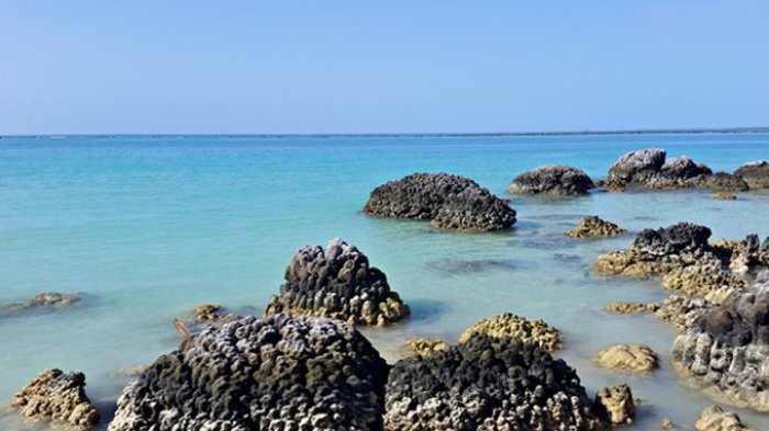 Pantai Tureloto via Tribunnews
