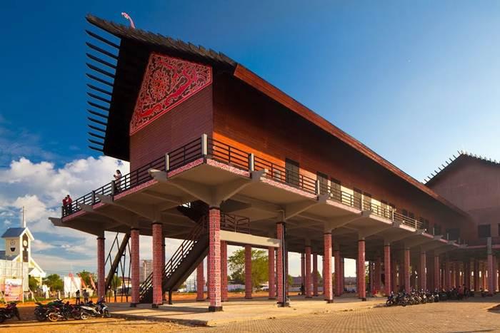 Rumah Bentang Radakng via Homestaypontianak.wordpresscom