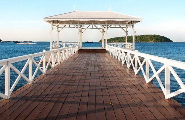 Sinka Island Park via IG @travorama