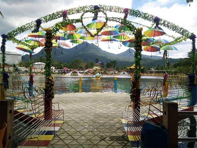Taman Cinta Pajintan via Indo kaya