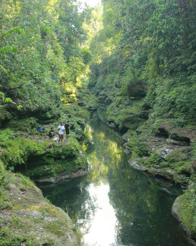 Tebing Batu Napponol via IG