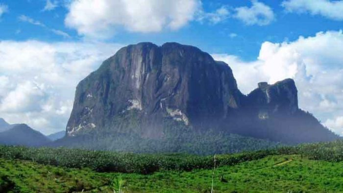 Wisata Gunung Kelam via Borneochannel