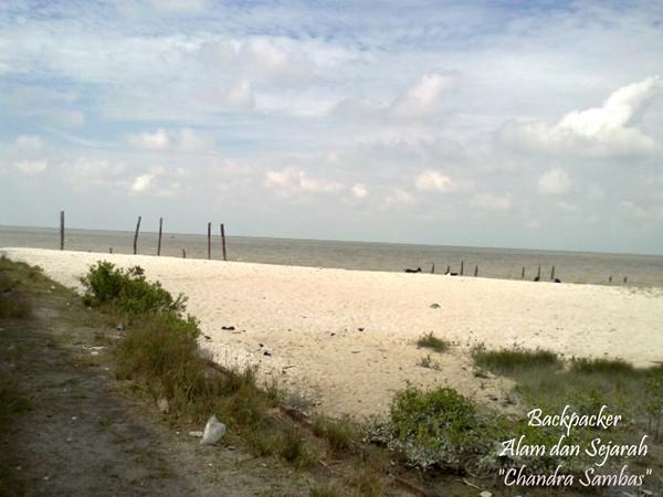 Pantai Bogak via Backpackersejarah