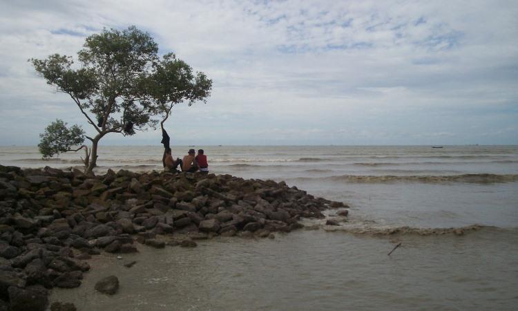 Pantai Bunga via Anthonynh.blogspotcom