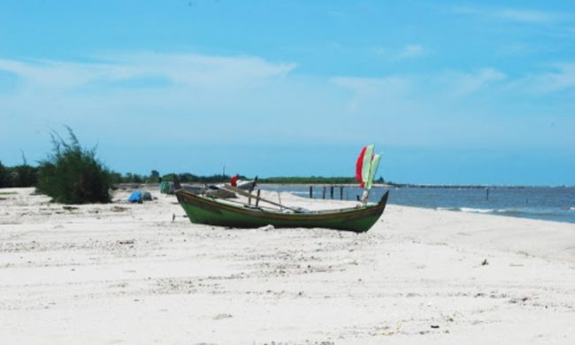 Pantai Mutiara Indah via Serdangbedagaikabgoid