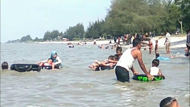 Pantai Sentang via Youtube