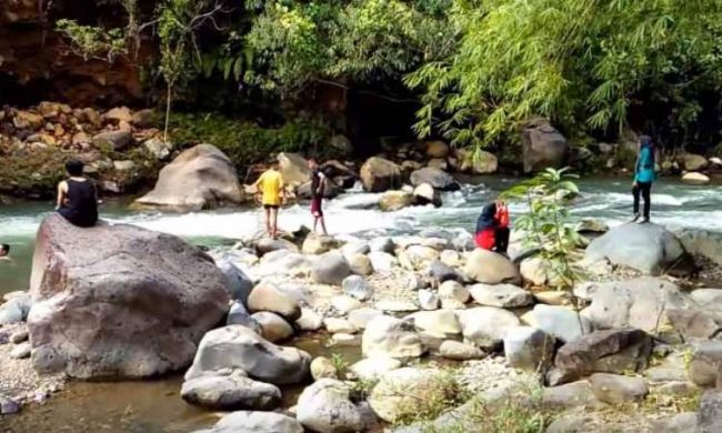 Wisata Air Parsariran - Tempat Wisata di Tapanuli Selatan