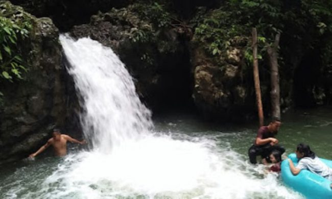 Air Terjun Boho via Pariwisatagunungsitoli.blogspot