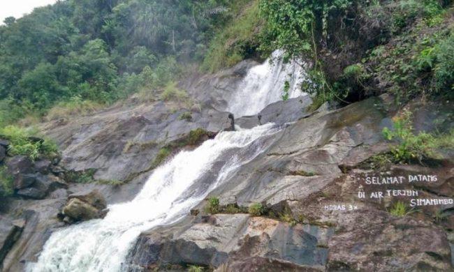 Air Terjun Simanimbo - tempat wisata di Toba Samosir
