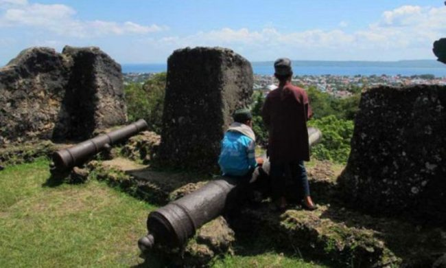 Benteng SimareMare via Daerahwisata