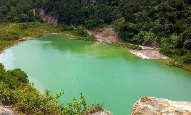Danau Hijau Bukit Bual via Tmladventure.blogspotcom