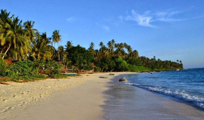 Pantai Laowomaru