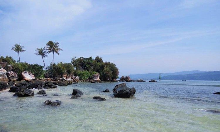 Pulau Poncan Ketek via Mapio