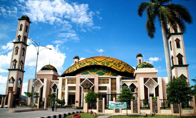 Masjid Agung Al-Muhsinin via Wikipedia