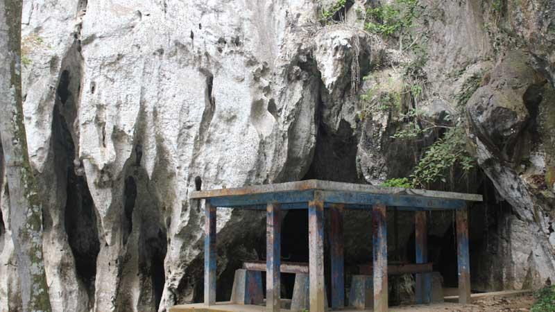 Ngalau Pangian - tempat wisata di Tanah Datar
