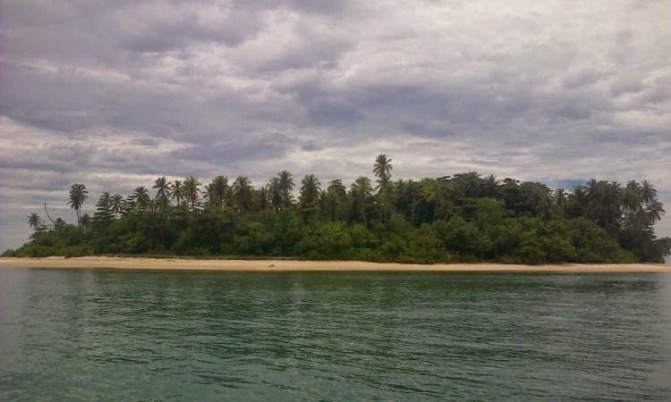 Pulau Tangah via Wisatapulausumbar