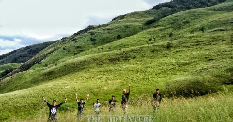 Puncak Ahmad Sadin via TML Adventure