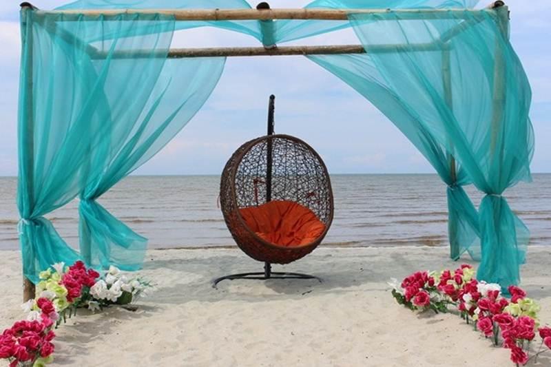 Romance Bay