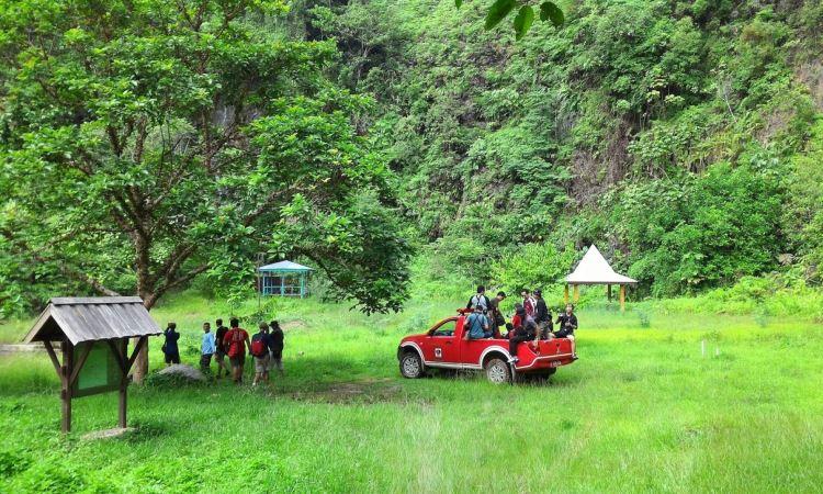 Taman Nasional Bukit Tiga Puluh via Instanbooking