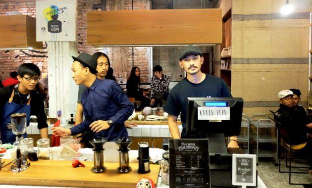 Caribou Coffee via Minumkopi - tempat ngopi di Jakarta Selatan