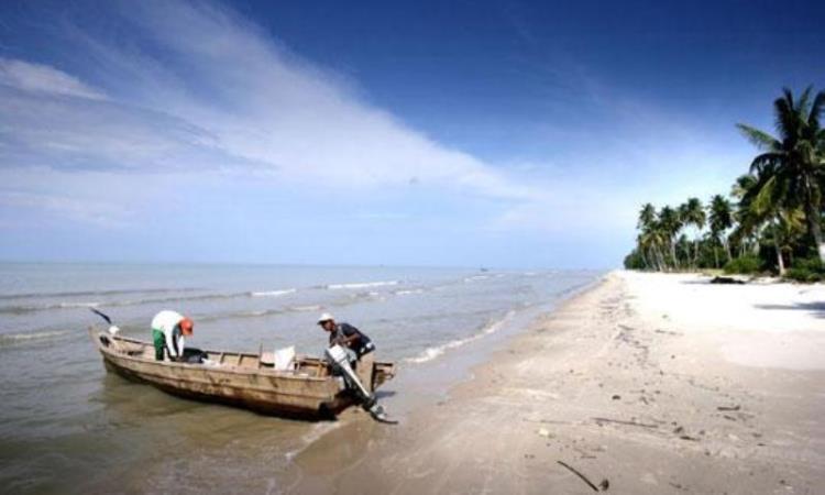 Pantai Bestari via Bisniswisata