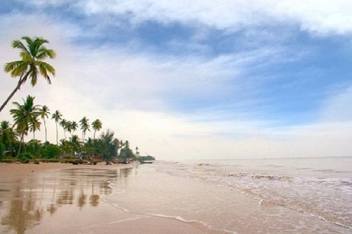 Pantai Ceria Foto by @indoholidaytourguide - Tempat Wisata Di Kepulauan Meranti