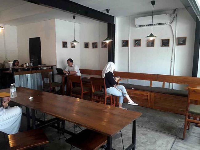 Pikul Coffee & Roastery