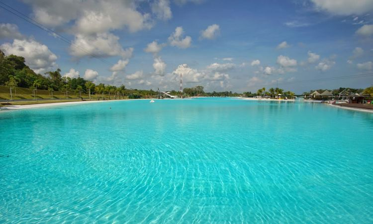 Crystal Lagoon via Pergidulu