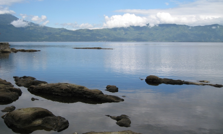 Danau Kerinci via Wikiepdia