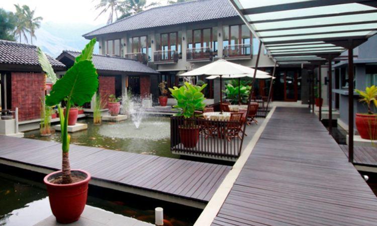 Jemani Resto - tempat makan di Garut