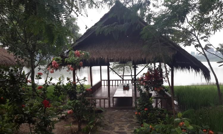 Lesehan Alam Sari via Megalata-uci.blogspotcom - tempat makan di Garut