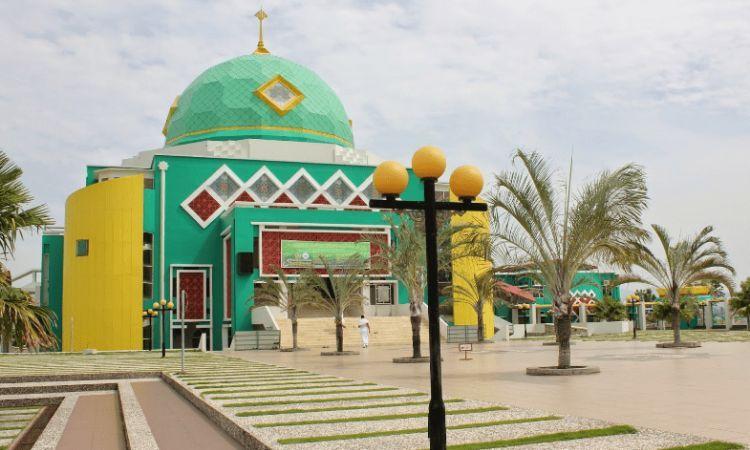 Masjid Agung Karimun via Anugerahkubah
