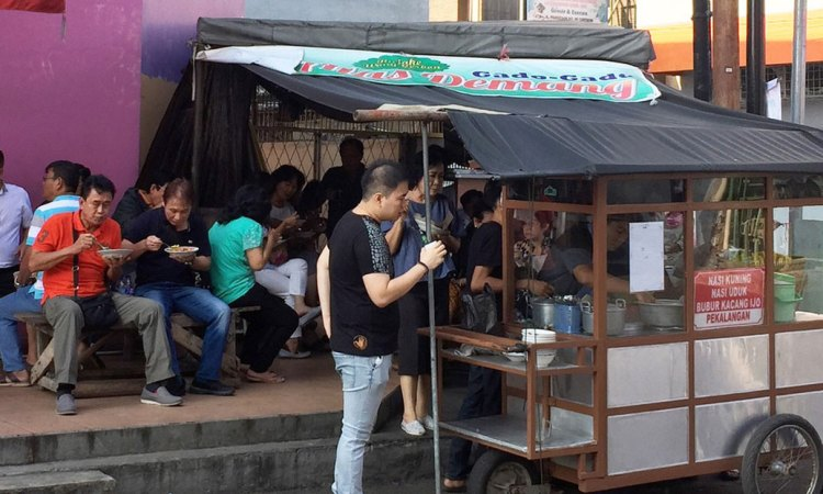 Nasi Kuning Pekalangan via Tripcanvas
