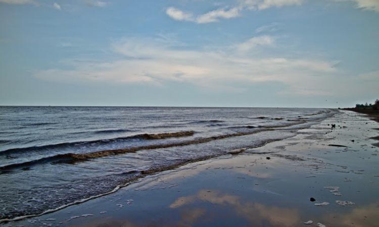 Pantai Air Hitam via Muhammadghaly.blogspotcom