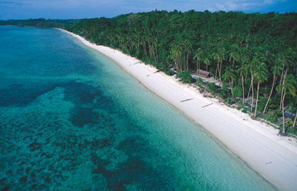 Pantai Pasir Panjang - tempat wisata di Kepulauan Anambas