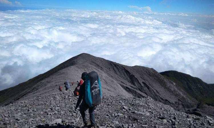 Pendakian Kerinci via Saribundo