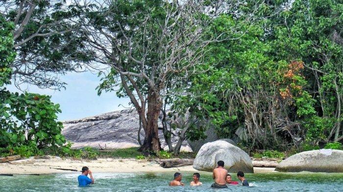 Pulau Penyu via Tribunnews - Tempat Wisata Di Tanjung Jabung Timur