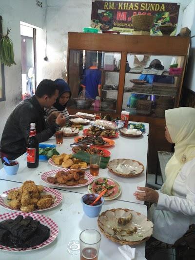 RM Khas Sunda M. Iki via Vymaps - tempat makan di Garut