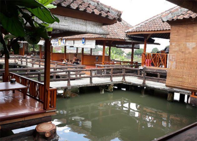 RM Saung Panorama